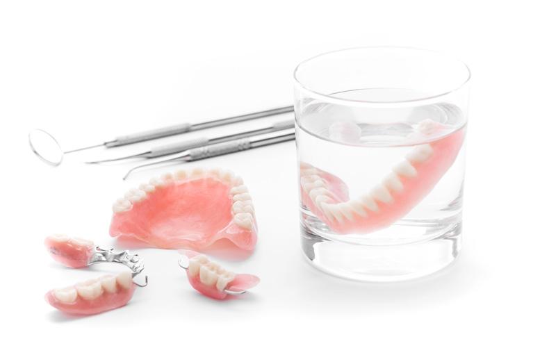 当院で使用する入れ歯