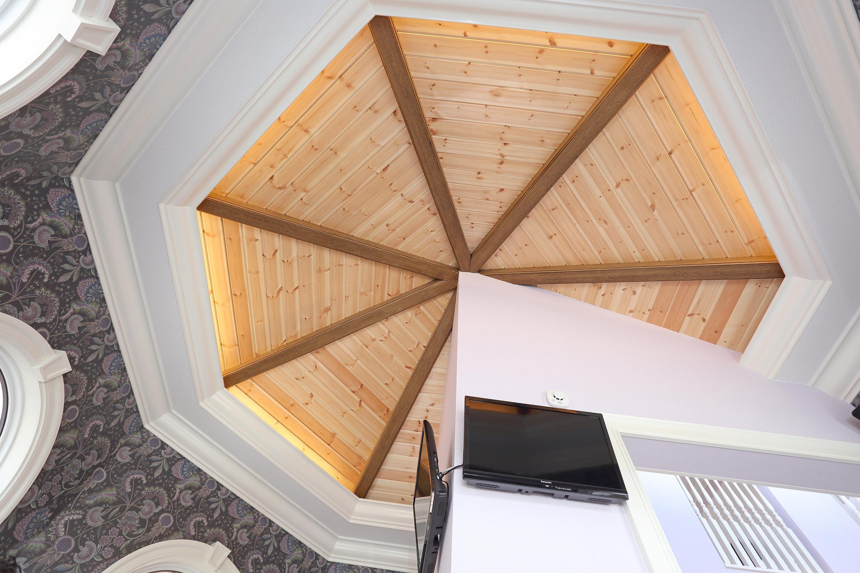 待合室天井